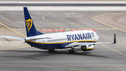 SP-RKC - Ryanair Sun Boeing 737-8AS