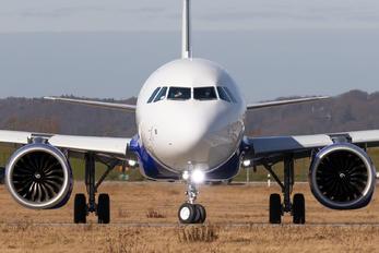 D-AVZP - IndiGo Airbus A321 NEO