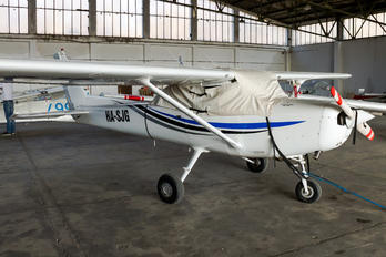 HA-SJG - Private Cessna 152