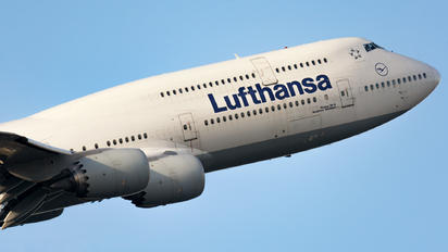 D-ABYP - Lufthansa Boeing 747-8