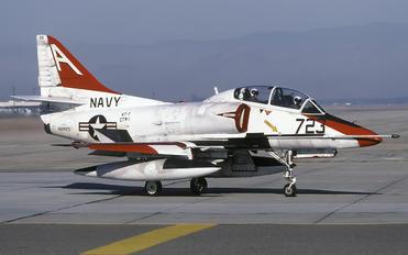 156923 - USA - Navy Douglas TA-4J Skyhawk