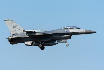 89-2041 - USA - Air Force General Dynamics F-16CM Fighting Falcon