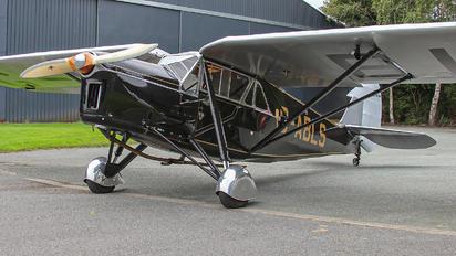 G-ABLS - Private de Havilland DH. 80 Puss Moth