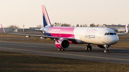G-WUKM - Wizz Air UK Airbus A321 NEO