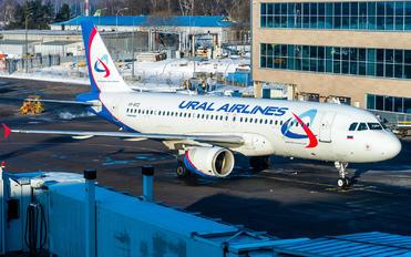 VQ-BTZ - Ural Airlines Airbus A319