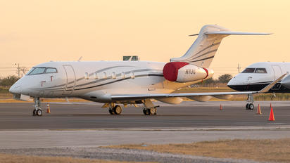 N7JG - Private Bombardier BD-100 Challenger 350 series