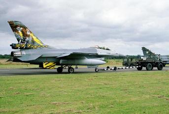 FA-122 - Belgium - Air Force General Dynamics F-16AM Fighting Falcon