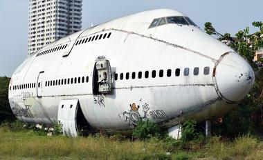 HS-UTQ - Orient Thai Airlines Boeing 747-100