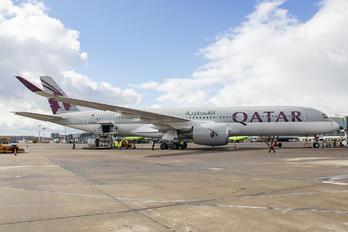 A7-ALB - Qatar Airways Airbus A350-900