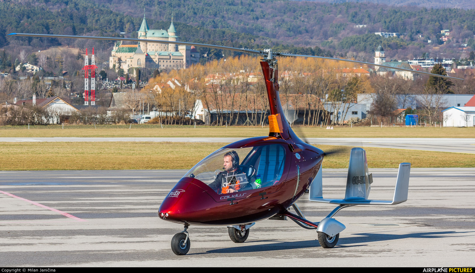 Private OK-ZWC83 aircraft at Prievidza