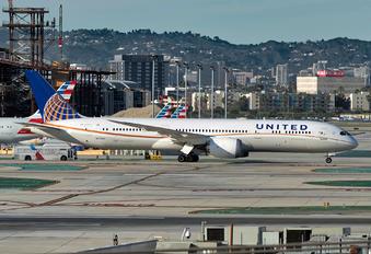 N27965 - United Airlines Boeing 787-9 Dreamliner
