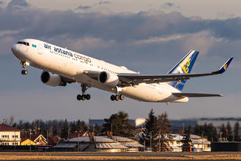 P4-KEC - Air Astana Boeing 767-300ER