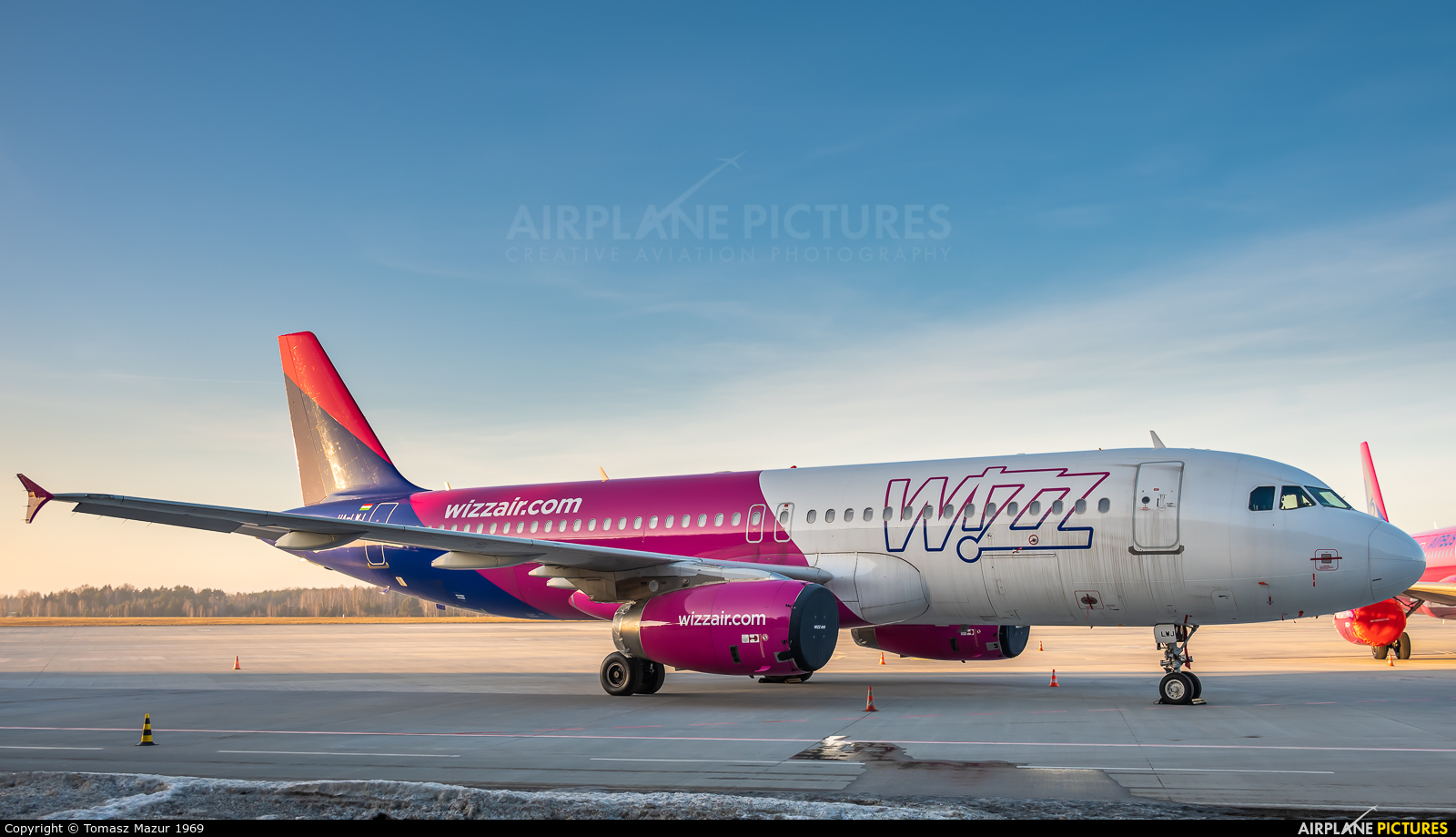 Wizz Air HA-LWJ aircraft at Katowice - Pyrzowice