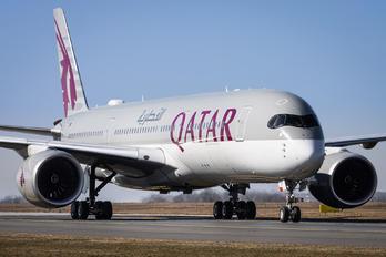 A7-ALR - Qatar Airways Airbus A350-900