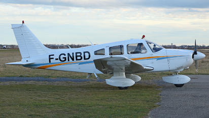 F-GNBD - Private Piper PA-28 Archer
