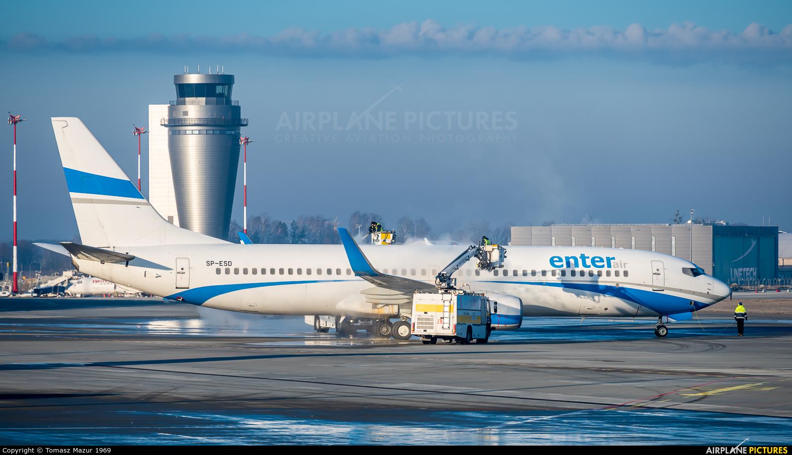 Enter Air SP-ESD aircraft at Katowice - Pyrzowice