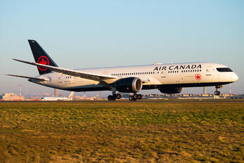 C-FVND - Air Canada Boeing 787-9 Dreamliner