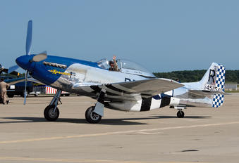 NL151W - Private North American P-51D Mustang