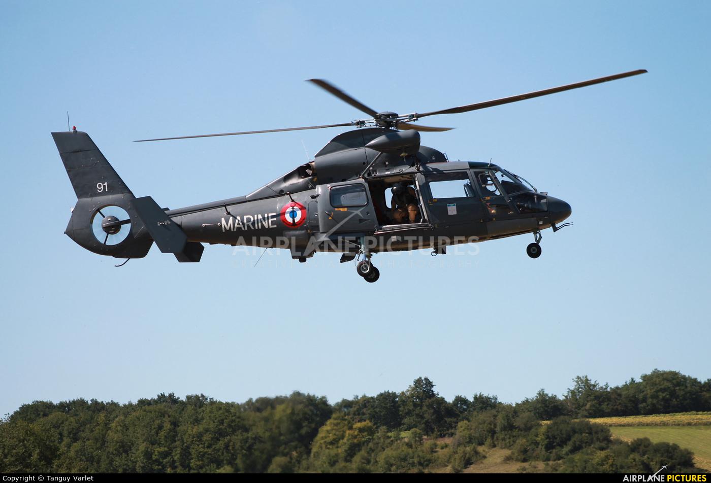 France - Navy 91 aircraft at Off Airport - France