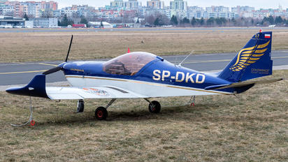 SP-DKD - Goldwings Flight Academy Aero AT-3 R100