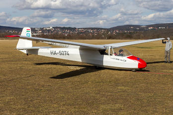 HA-5074 - Private Schleicher K-7