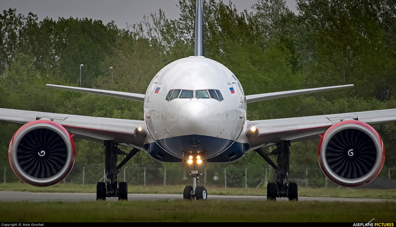 AzurAir VQ-BZC aircraft at Warsaw - Frederic Chopin