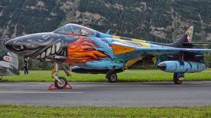 J-4015 - Hunterverein Mollis Hawker Hunter F.58
