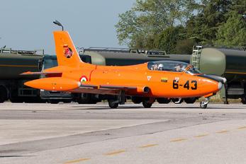 I-RVEG - Private Aermacchi MB-326