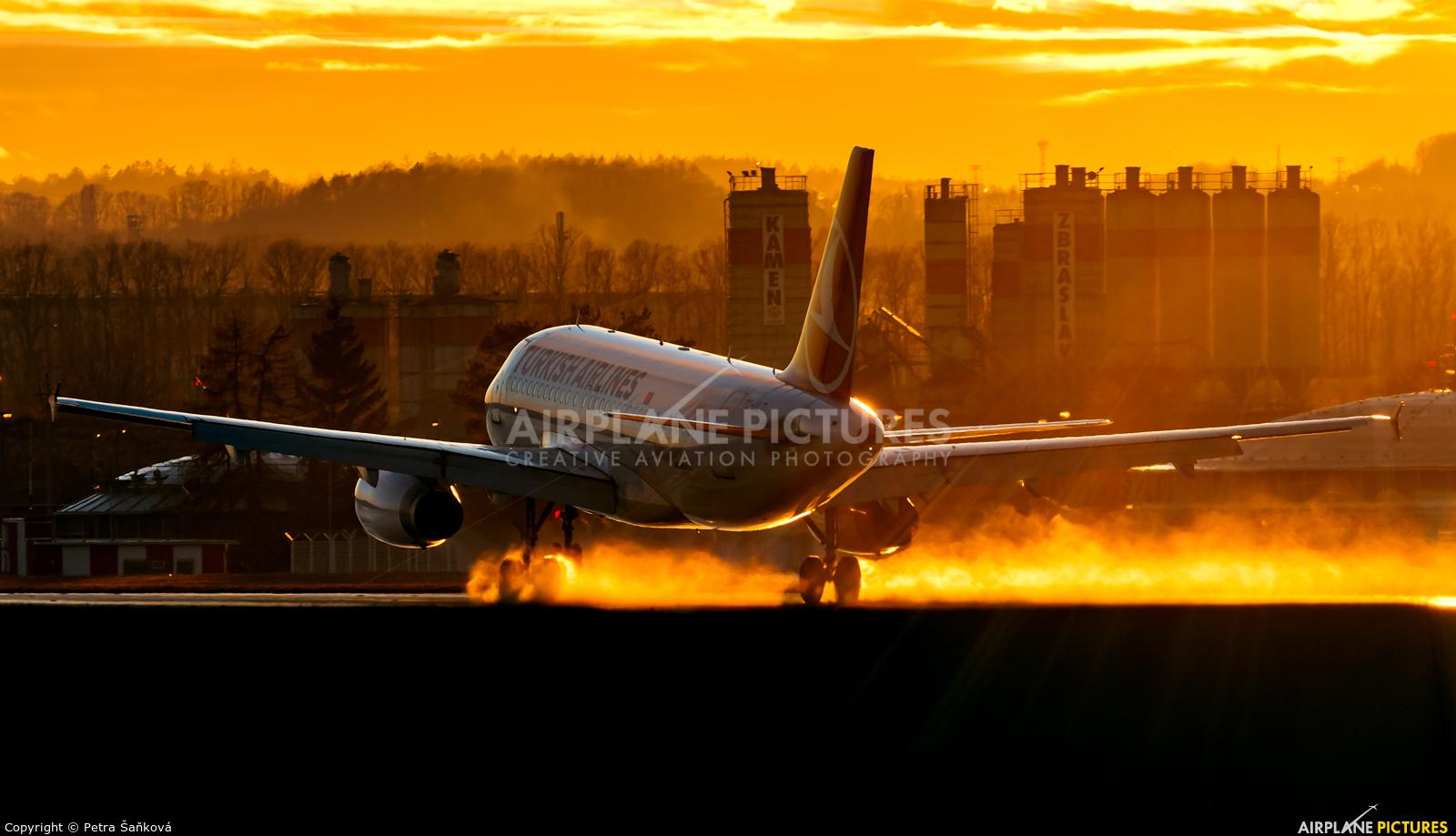 Turkish Airlines TC-JLT aircraft at Prague - Václav Havel