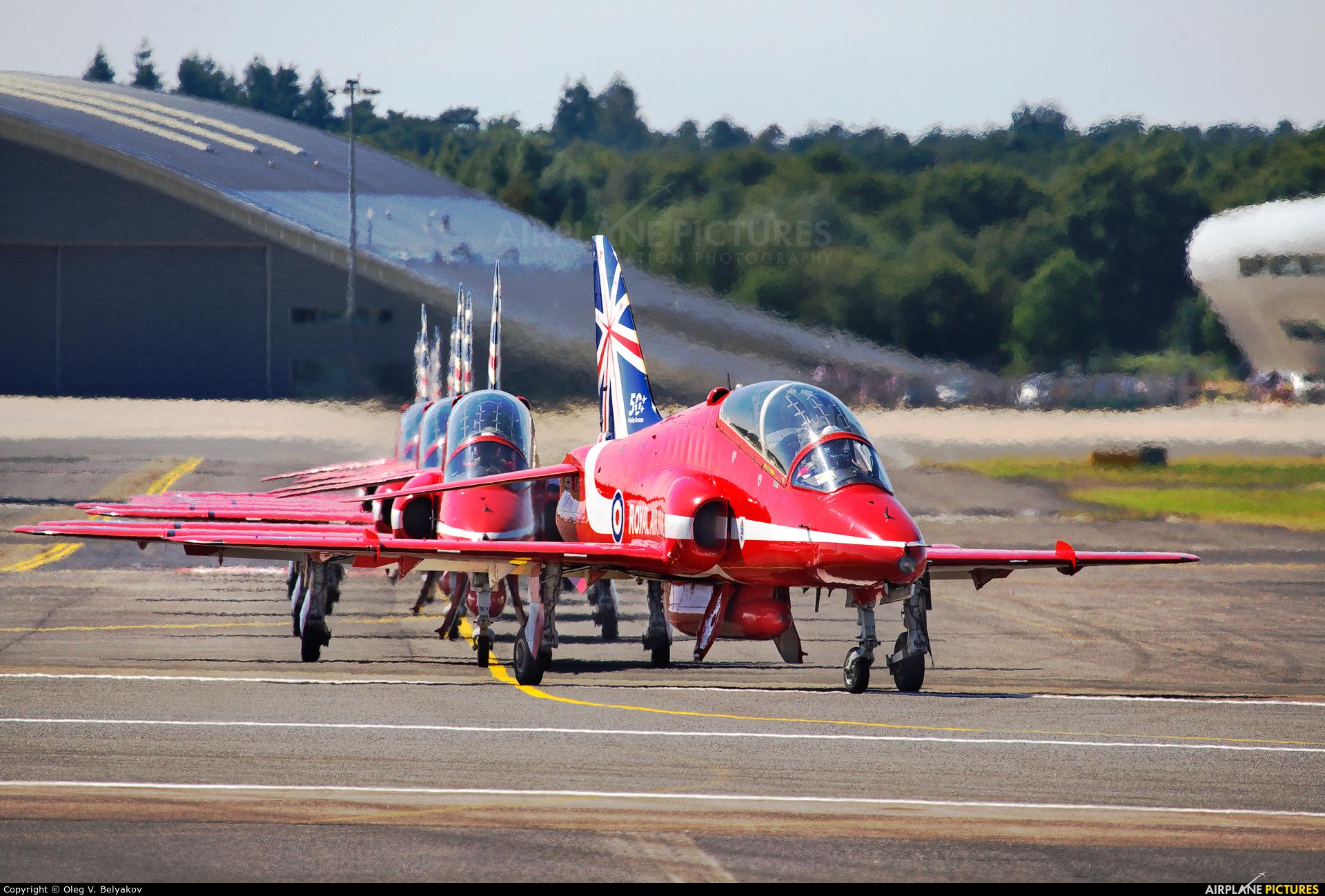 "Royal Air Force ""Red Arrows"" XX242 aircraft at Farnborough"