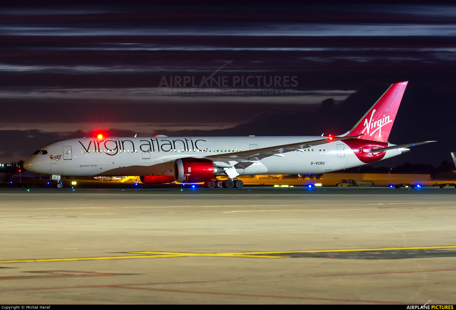 Virgin Atlantic G-VCRU aircraft at Dublin