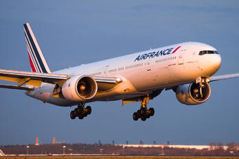 F-GZNL - Air France Boeing 777-300ER