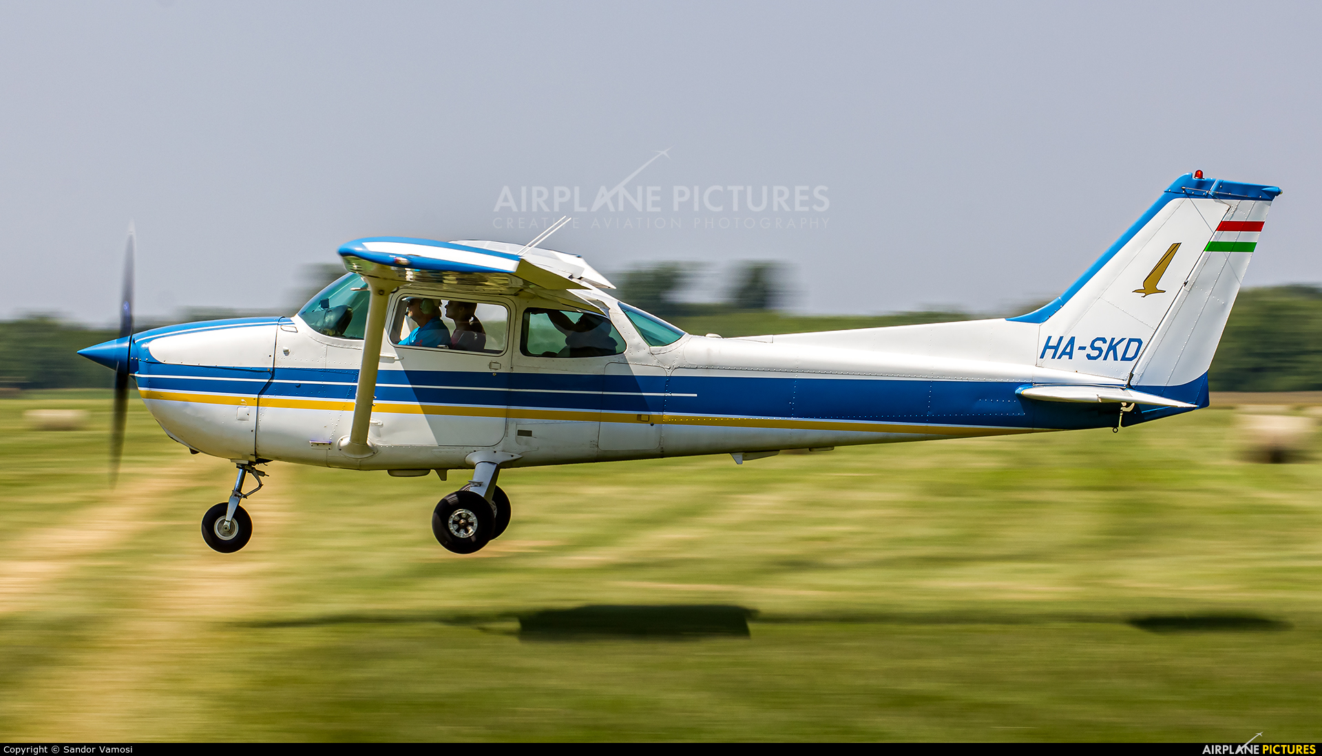 Private HA-SKD aircraft at Off Airport - Hungary