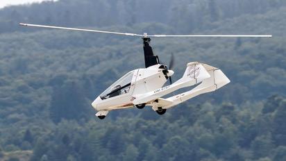 OM-S767 - Private Jokertrike Falcon Gyrocopter