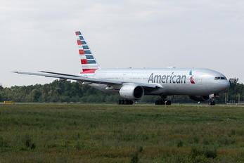 N785AN - American Airlines Boeing 777-200ER
