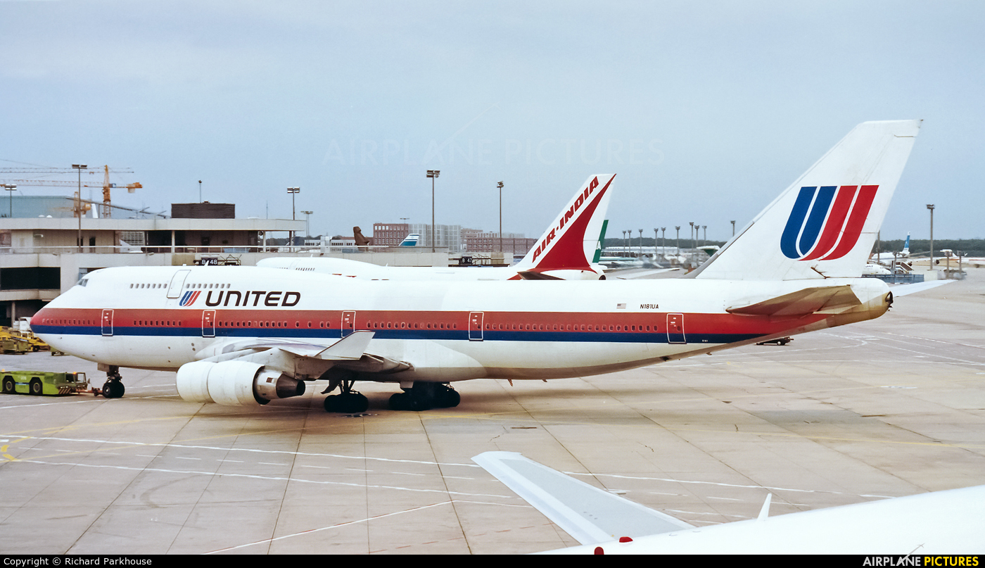 United Airlines N181UA aircraft at Frankfurt