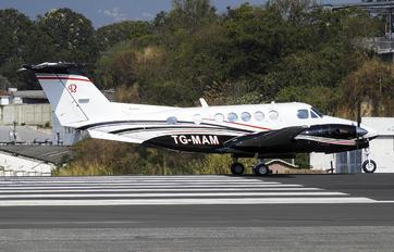 TG-MAM - Private Beechcraft 300 King Air