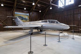OK-14 - VZLU Aero L-29 Delfín