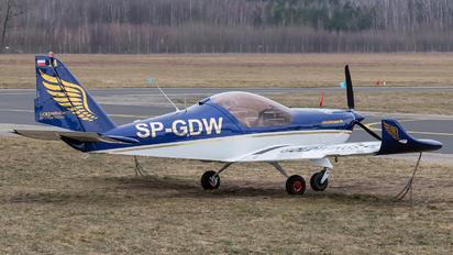 SP-GDW - Goldwings Flight Academy Aero AT-3 R100