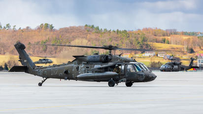 09-20187 - USA - Army Sikorsky UH-60M Black Hawk
