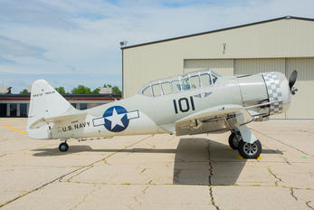 N101RF - Private North American Harvard/Texan (AT-6, 16, SNJ series)