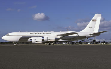 61-2669 - USA - Air Force Boeing C-135C