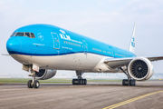 Delivery of a new 777-300ER to KLM title=
