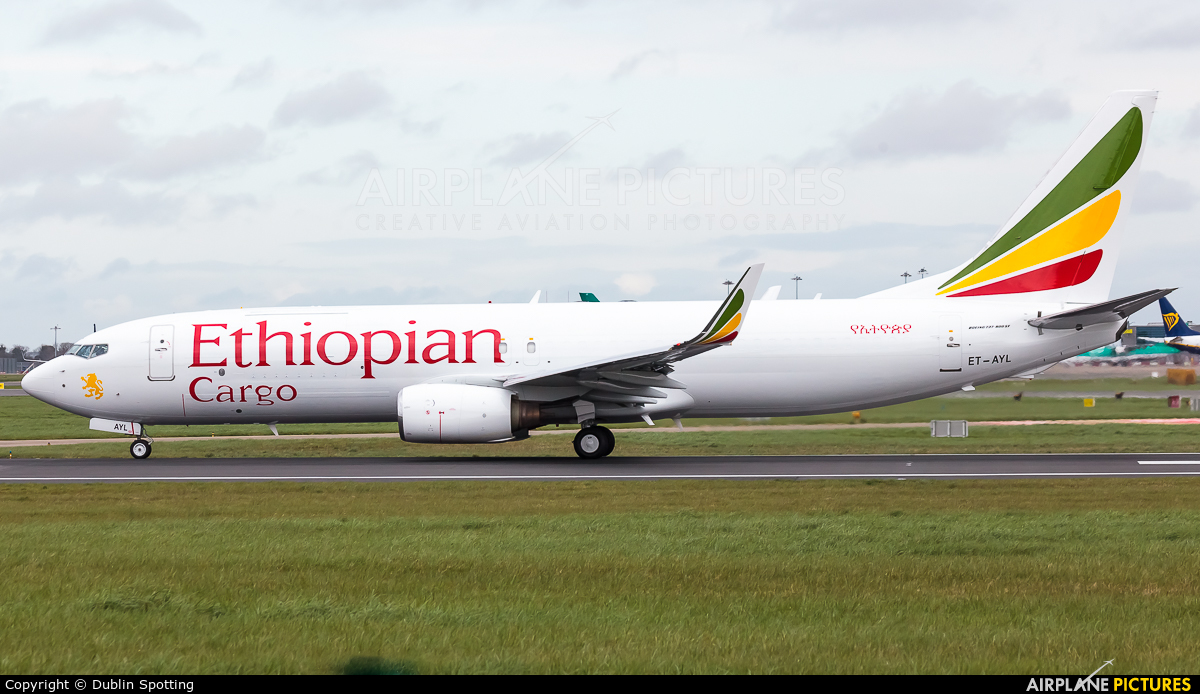 Ethiopian Airlines ET-AYL aircraft at Dublin