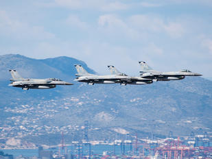 002 - Greece - Hellenic Air Force Lockheed Martin F-16CG Fighting Falcon