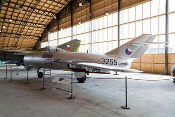3255 - Czech - Air Force Mikoyan-Gurevich MiG-15