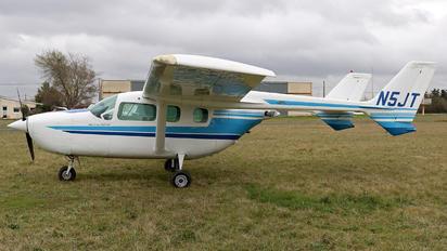 N5JT - Private Cessna 337 Skymaster