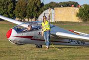 SP-3040 - Aeroklub Bydgoski - Airport Overview - People, Pilot aircraft