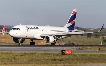 PR-MYX - LATAM Brasil Airbus A320