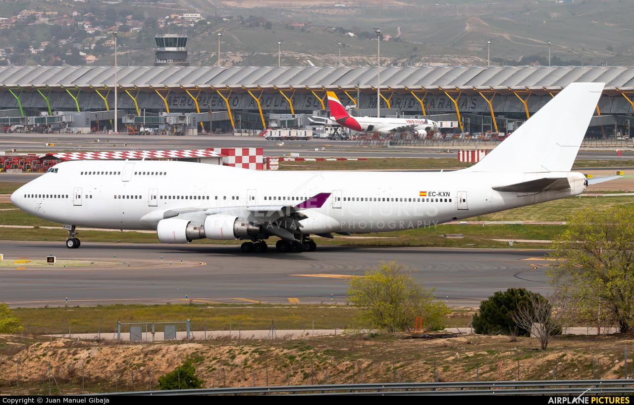 Untitled EC-KXN aircraft at Madrid - Barajas